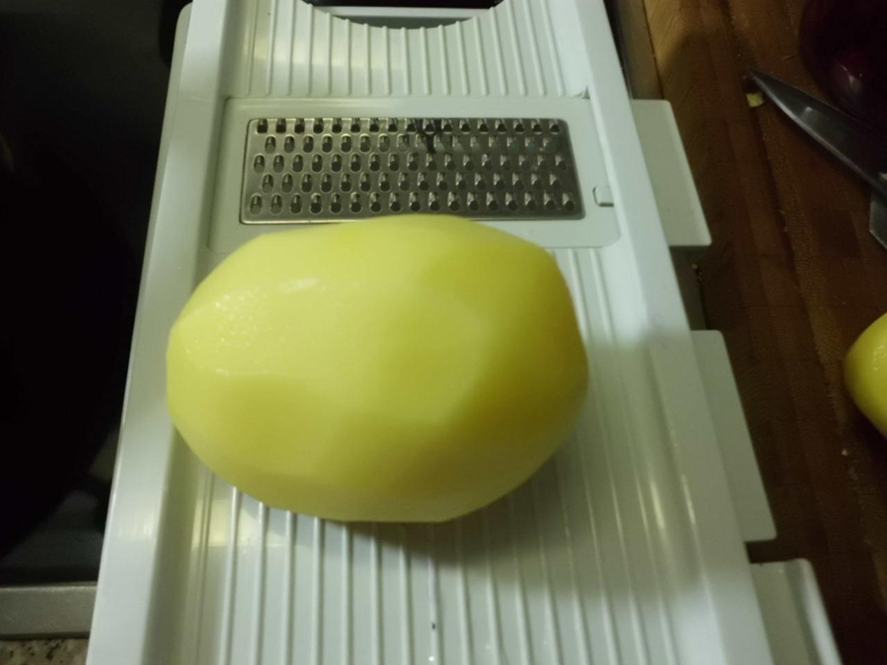 zum Andicken Kartoffel reiben