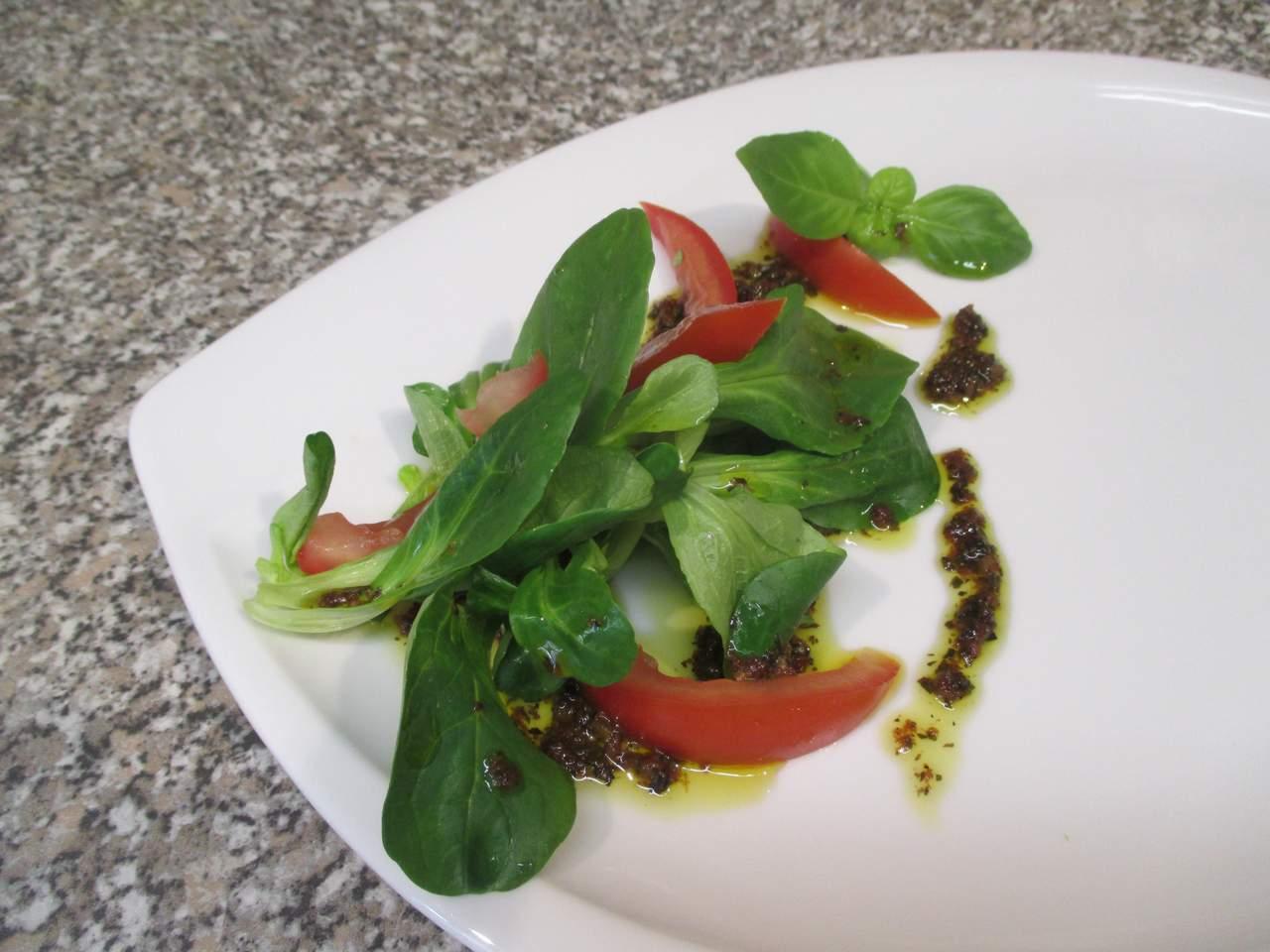 Salat ansortieren