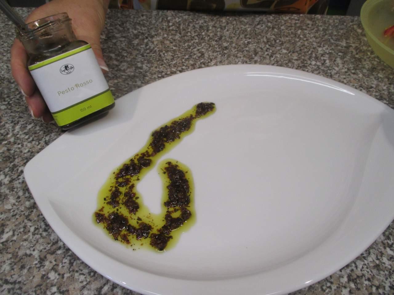 für den Feldsalat habe ich einen Dip als Pesto Rosso von den Senf-Elfen genommen