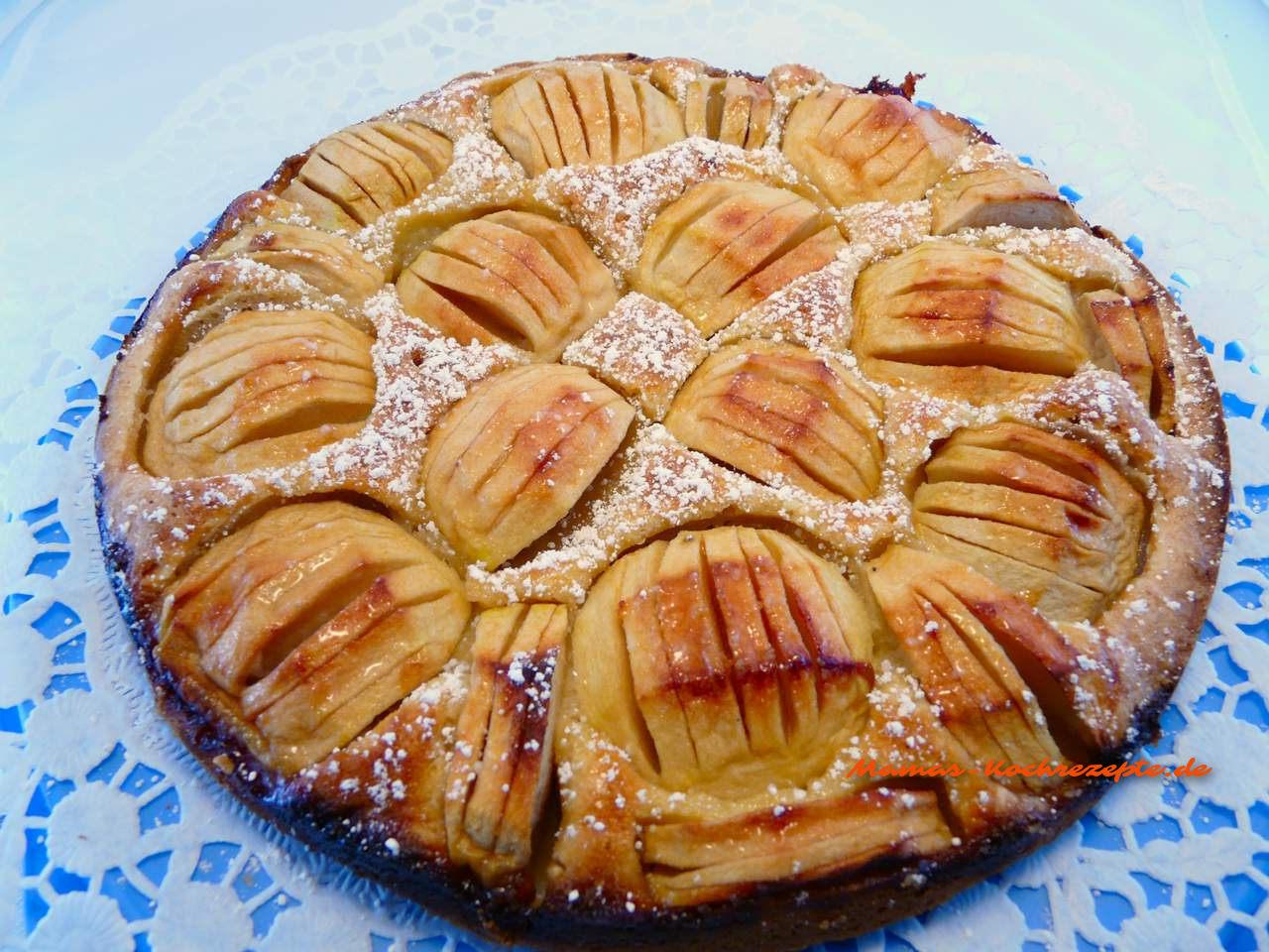 fertiger Apfelkuchen