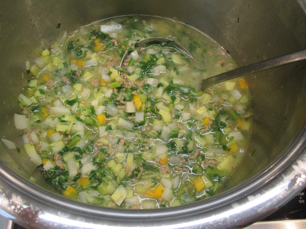Fertige Mairübchen Suppe