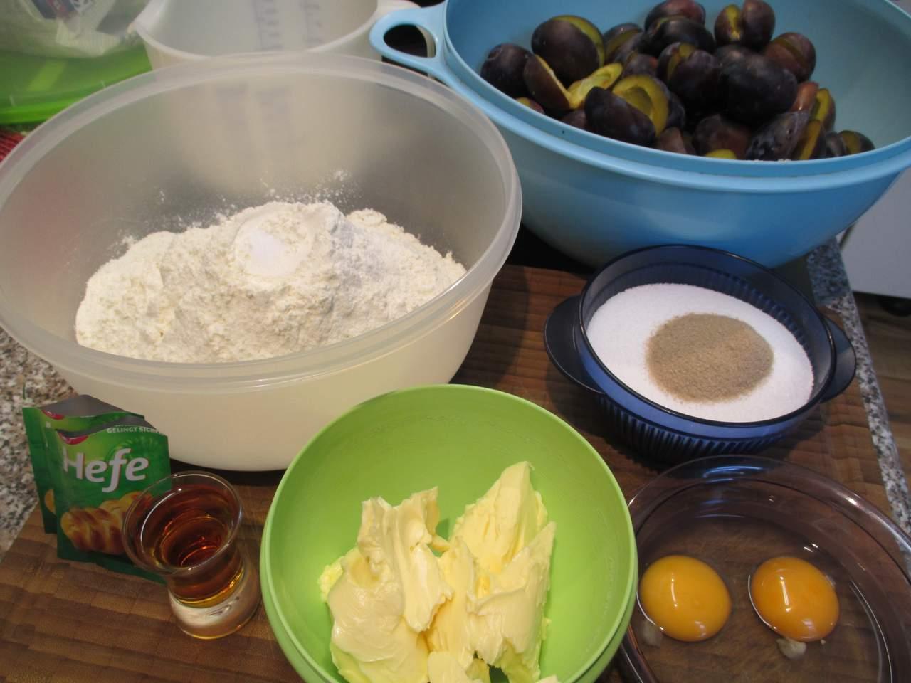 Zutaten für Zwetschgenkuchen