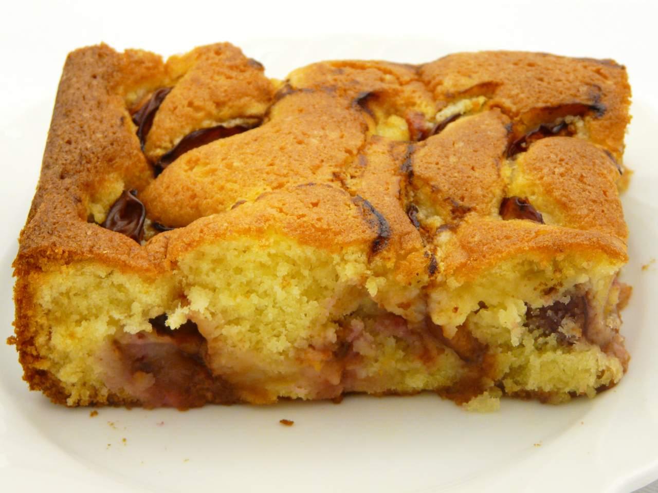 1 Stück Pflaumenkuchen nach Pflaumenkuchen Rezept von Mama Monika
