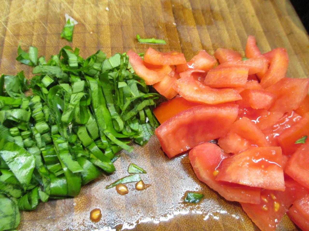 Tomaten und Bärlauch