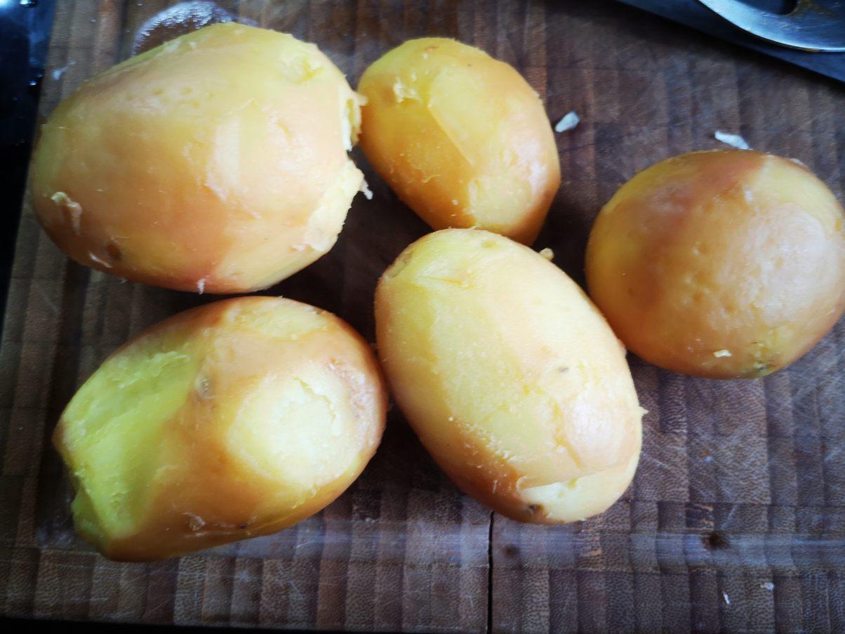 gepellte Kartoffeln
